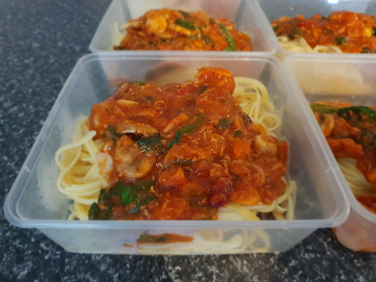 Tuna, Spinach, Mushroom & Fettuccine with Bolognese Sauce