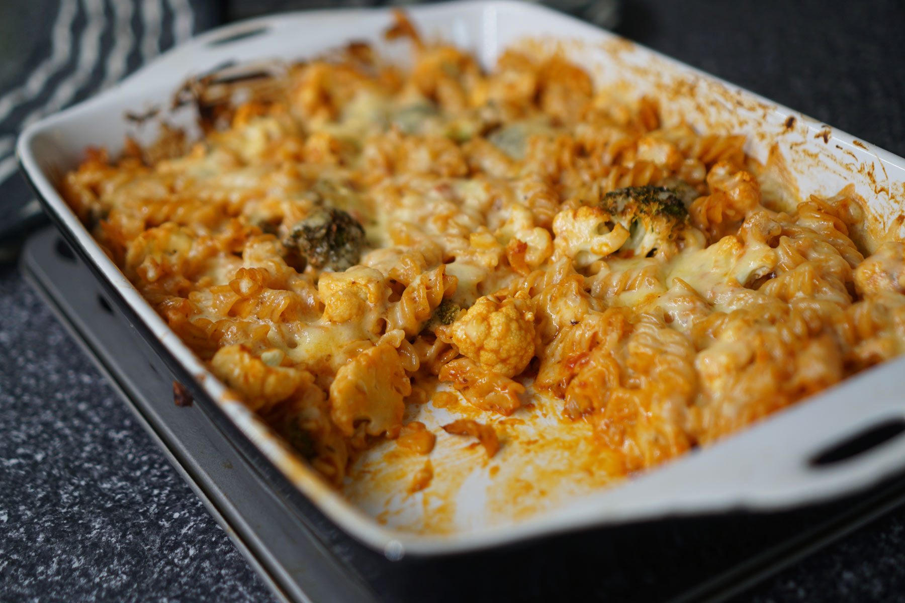 Cauliflower, Broccoli & Tuna Pasta Bake